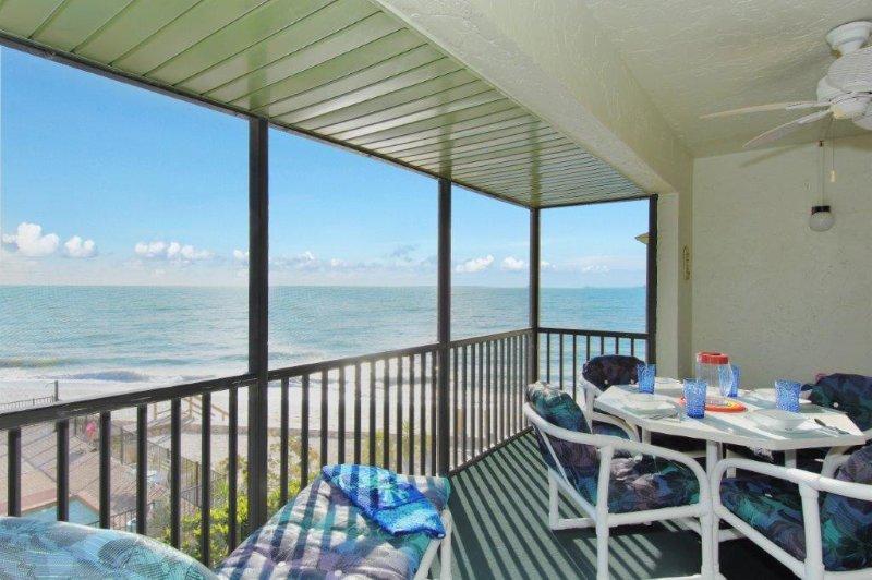 Balcon avec vue sur la plage et le golfe du Mexique