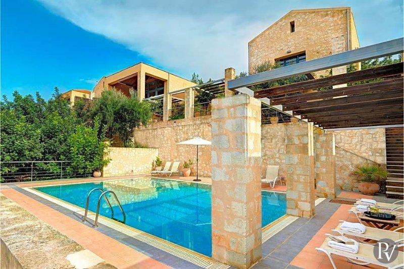 Gavalokhorion Villa Sleeps 10 with Air Con - 5433314, vacation rental in Gavalochori