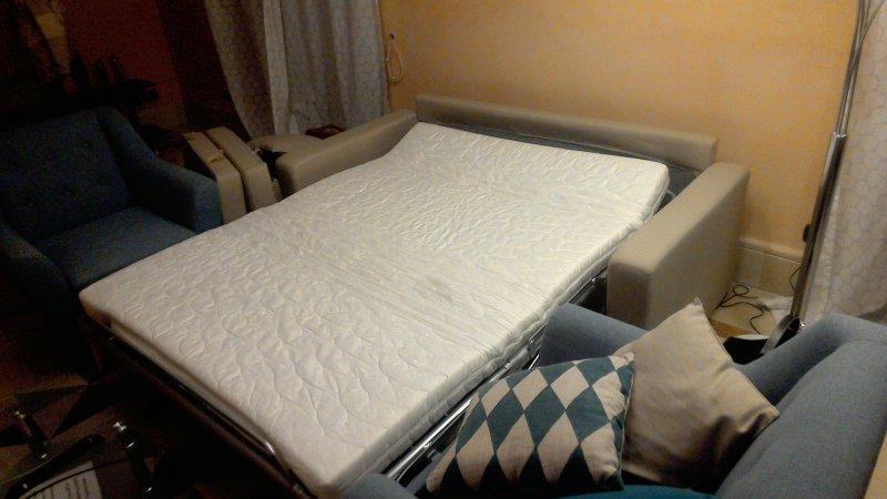 sofa bed detail 3