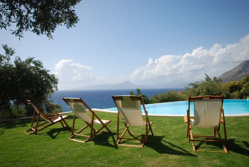 Maratea Villa Sleeps 12 with Pool and WiFi - 5218127, location de vacances à Maratea