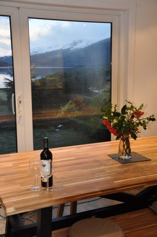 Vista da janela do pátio da cozinha