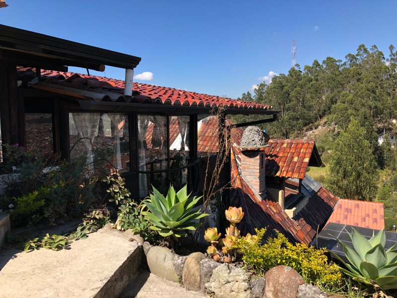 La Colina Hospedaje & Relax apartamentos rústicos, alquiler de vacaciones en Cuenca