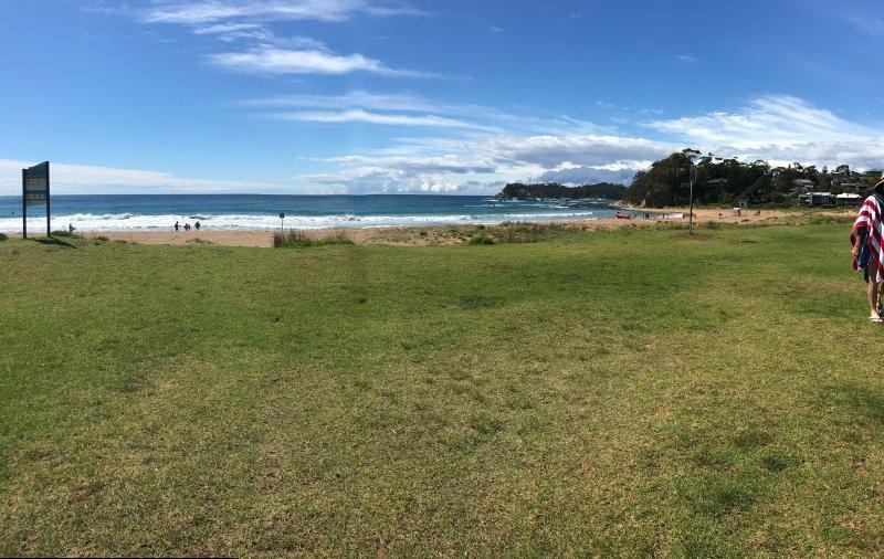 Malua Bay Beach 100m walk away