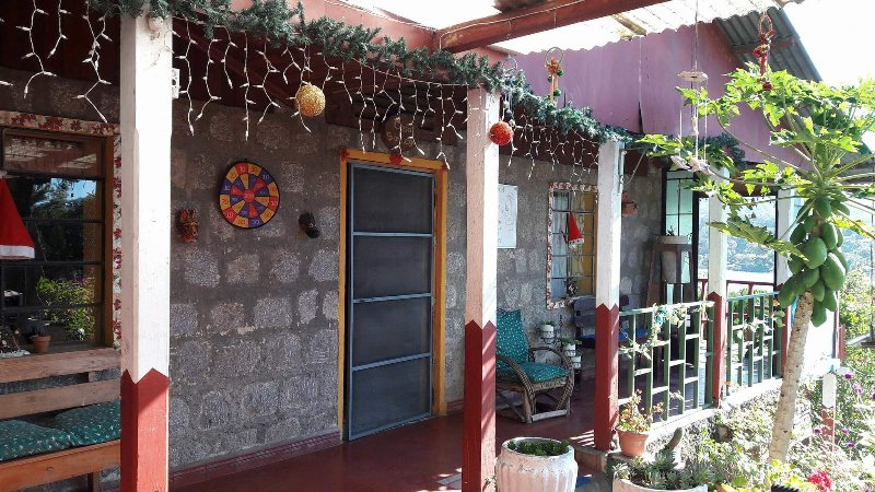 Posada Lodge Chuitinamit (Casa Santiago), holiday rental in San Pedro La Laguna