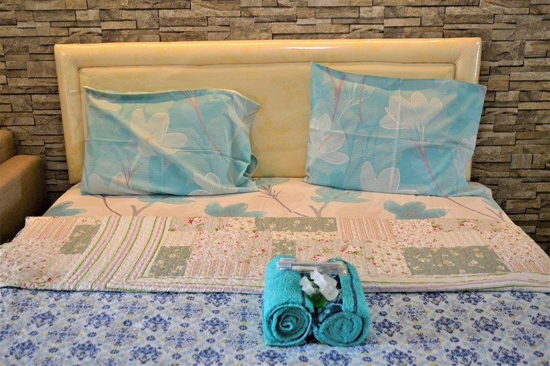Bassura Apartments by Roomku, holiday rental in Cikarang