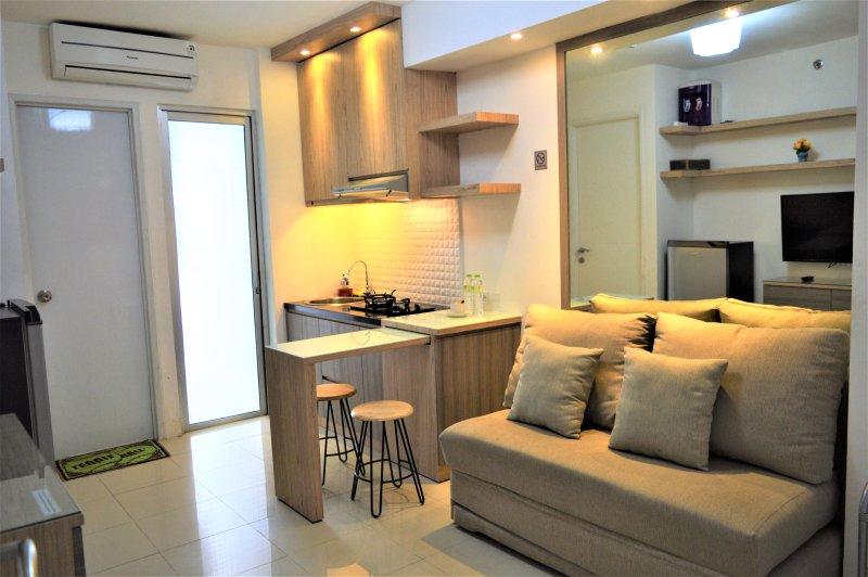 C15AM 2 Bedroom Apartment, alquiler de vacaciones en Bekasi