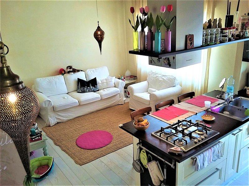 sala de estar colorido y brillante