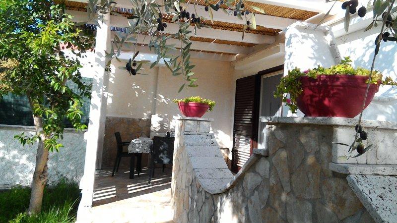 ZAFFIRO  'Villa Delle Gemme', vacation rental in Vieste