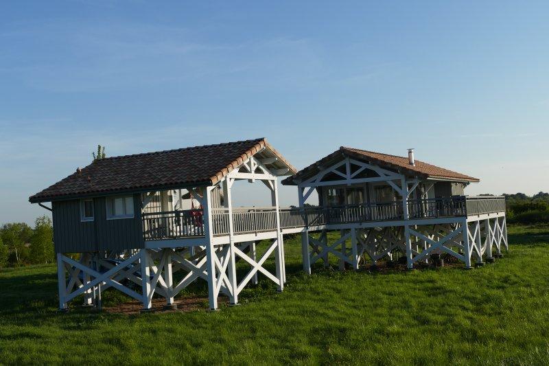 Maisons sur pilotis à la pointe du Médoc | TripAdvisor ...