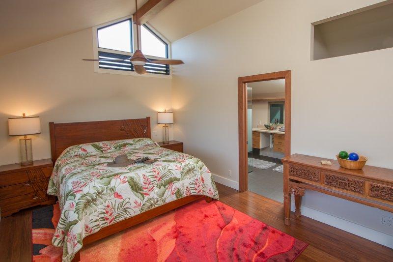 Suite # 2. alta qualidade colchão / roupa de cama. grande caminhada no armário.