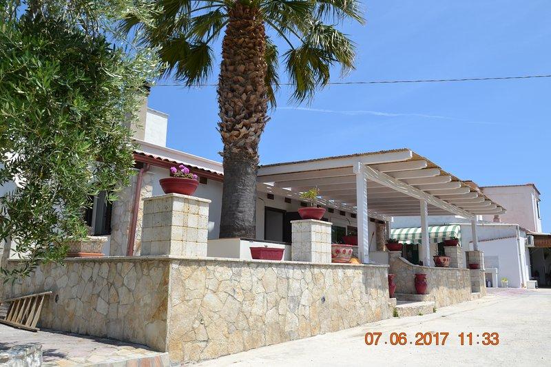 SMERALDO 'Villa Delle Gemme', location de vacances à Coppitella