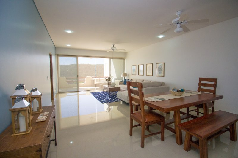 62732 - Marina and Bay Views, vacation rental in Huatulco