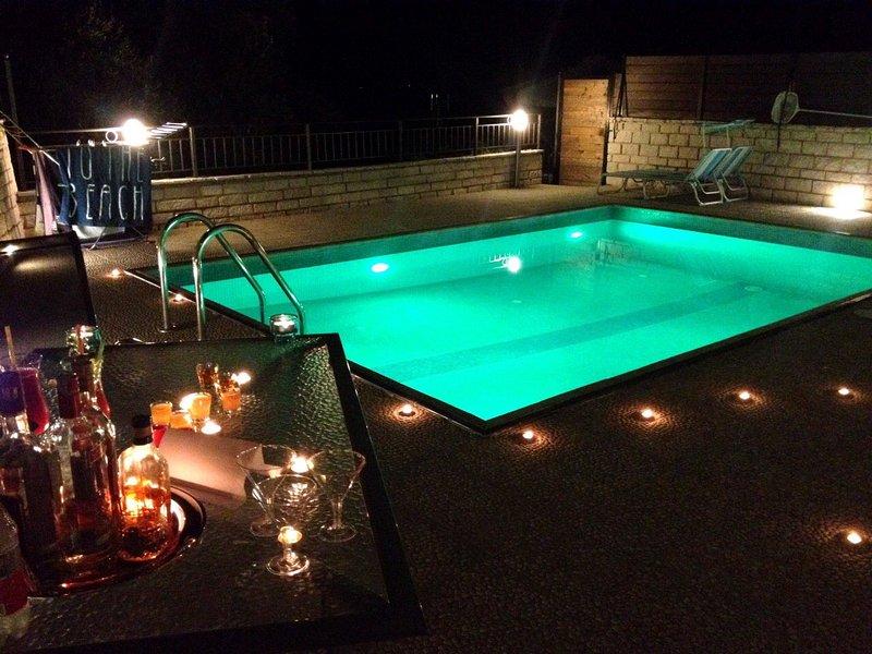 si affaccia dalla notte -da piscina privata