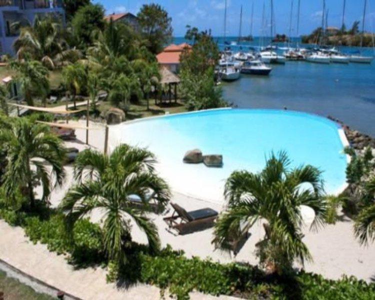 Blue Bay Tower Room - Grenada