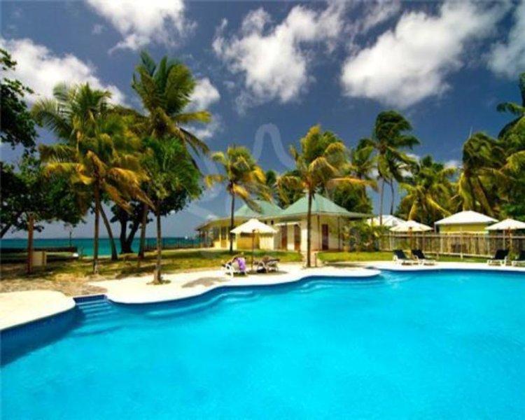 Bequia Beach Hotel -  Beachfront Suite - Bequia