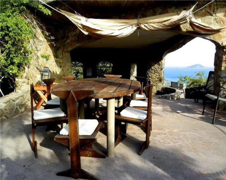 Moonhole Villa Vincent - Bequia