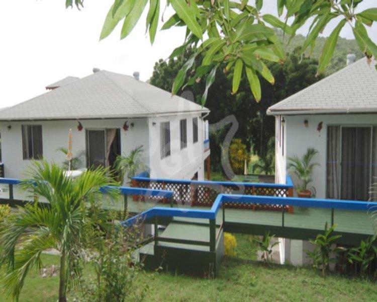 Friendship Garden Apartments 1 - Bequia