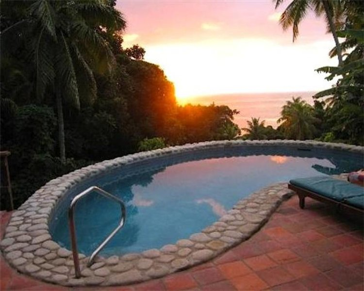 Stonefield Villa Estate - Santa Lucía