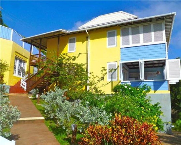 Sugarapple Inn - Bequia