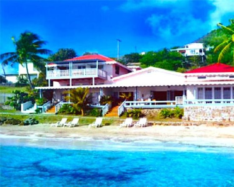 Bequia Beachfront Villa - 2 Bedroom - Bequia