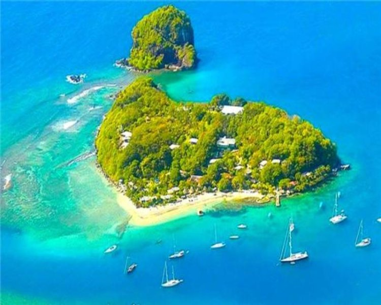 Young Island - Chalets Superior - St.Vincent