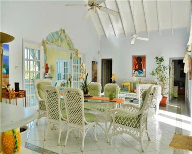 Slik Villa - Grenada