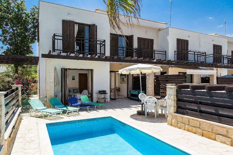 Open plan villa with lovely private pool and terrace