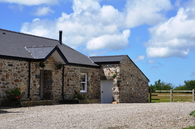 The Barn at Cae Bach - Sunset Cottage, holiday rental in Llanerchymedd