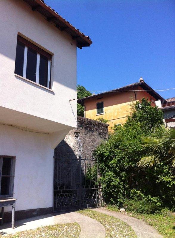La casa -The house