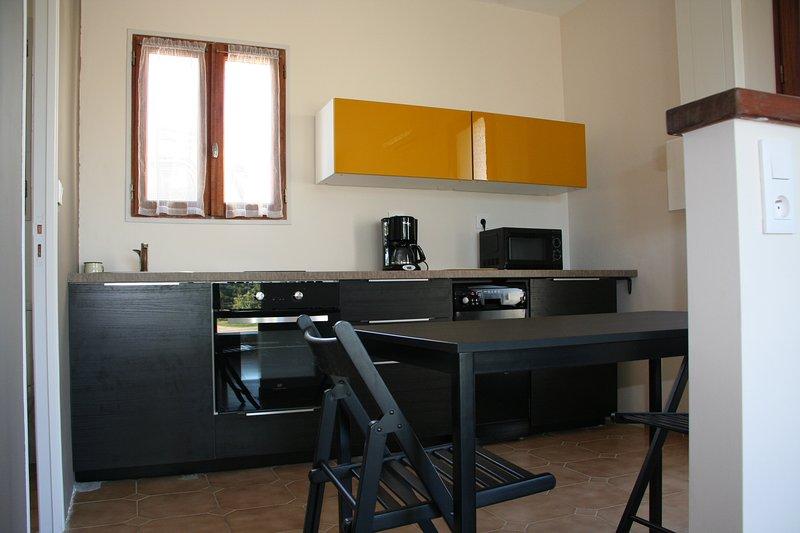 STUDIO LOUBIERE, location de vacances à Gonfaron
