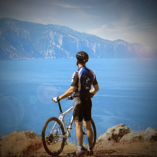 Ideal location for mountain bikes and road bikes