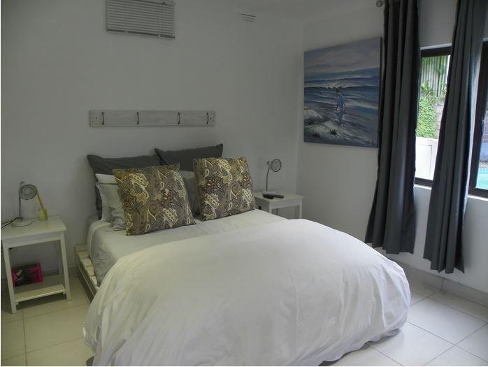 Blue's Guest House: Room 5, location de vacances à Gonubie