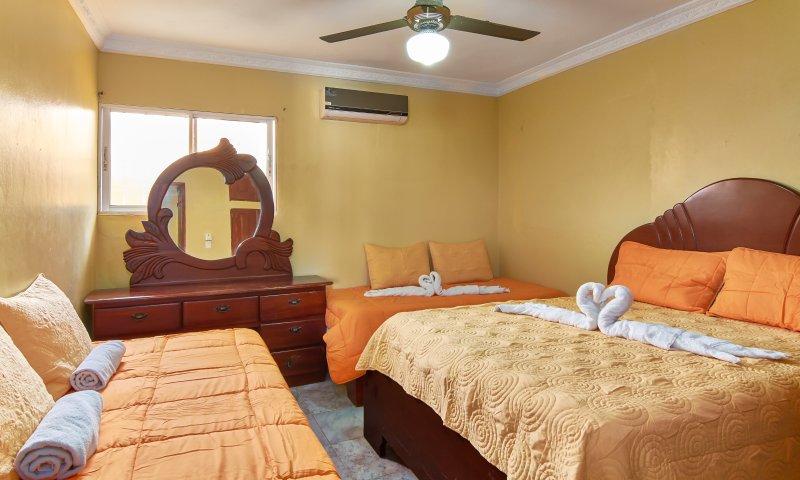 Tropical Island Apartahotel- suitable for families 2 bedroom, holiday rental in Santo Domingo Este