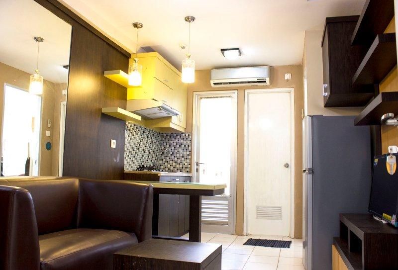 FAMOUS 2 BED ROOMS At North Jakarta, holiday rental in Cikarang