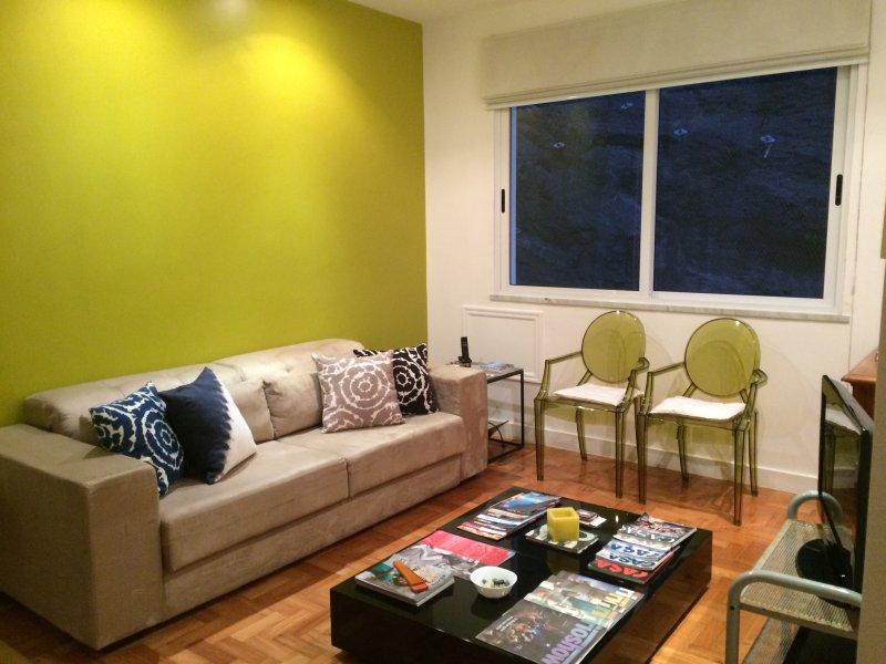 Living Room (Living)