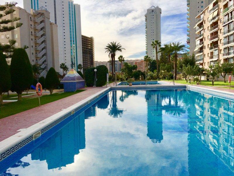BEACH ESTUDIO, RESIDENCIAL HANIBAL, BENIDORM, holiday rental in Finestrat
