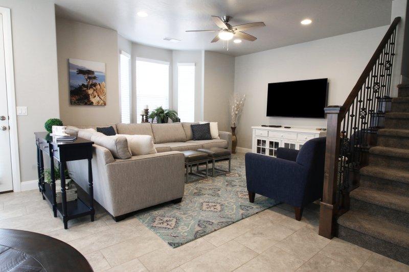 Bienvenue sur « A World Away. » Hébergement confortable de luxe dans la belle région de St. George