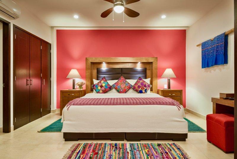 The Park 1Br/1Ba LuxCondo Romantic Zone Rooftop Oceanview Pool (El Anclote 405), vacation rental in Puerto Vallarta