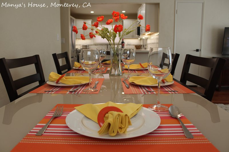 Manyas House  30 night minimum, vacation rental in Monterey