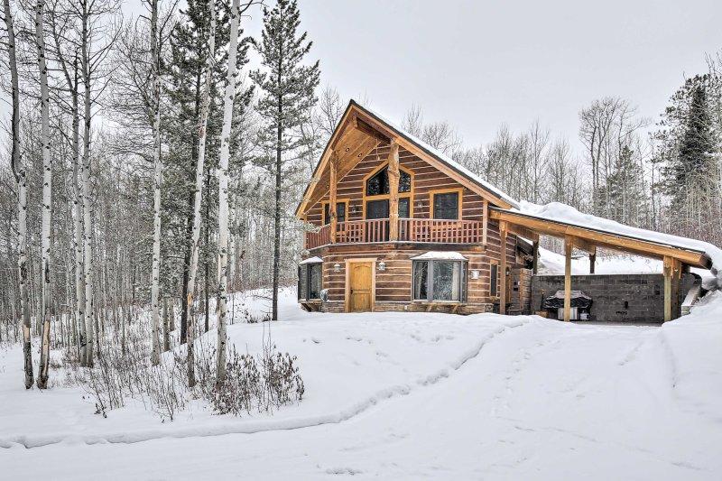 Take a grand adventure to 'Eureka Lodge,' a vacation rental cabin in Tetonia!