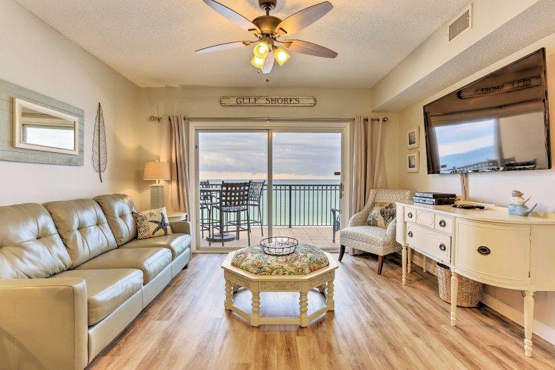 Mergulhar em sua próxima escapada Costa do Golfo, quando você ficar neste condomínio aluguer de férias em Gulf Shores!