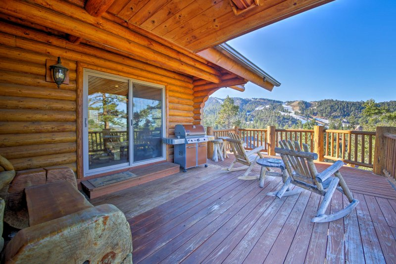 The wrap-around deck provides a view of Big Bear Mountain and Big Bear Lake!