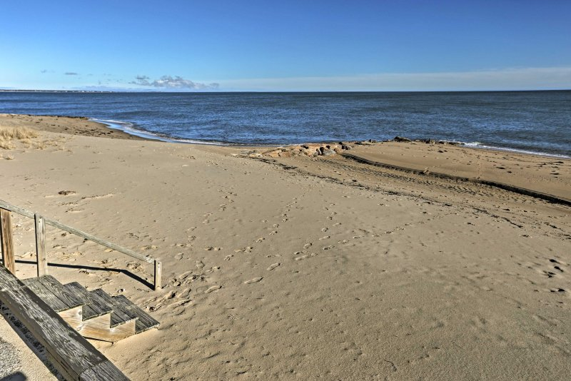 Sit back and relax on the sands of Nantucket Bay!