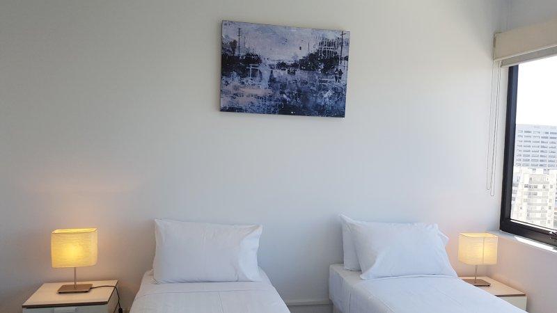 Dormitorio 2 con la configuración de cama doble.
