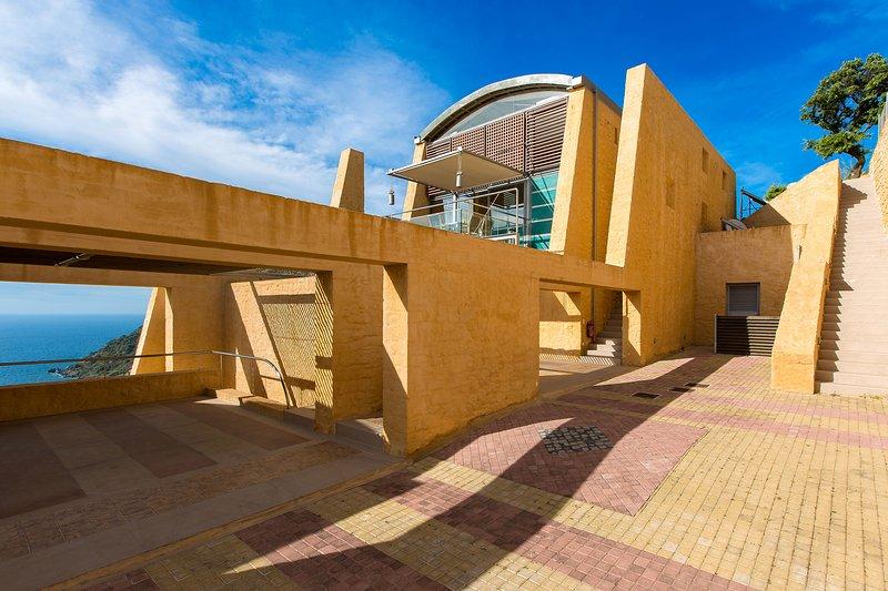 2 villas de luxe situées dans préservée paysage méditerranéen