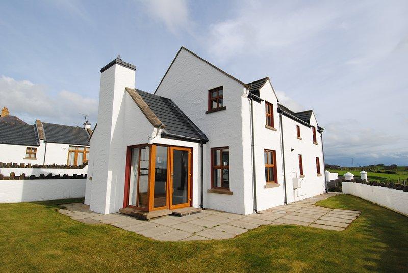 Aird Clachan House - Causeway Coast Rentals, casa vacanza a Bushmills