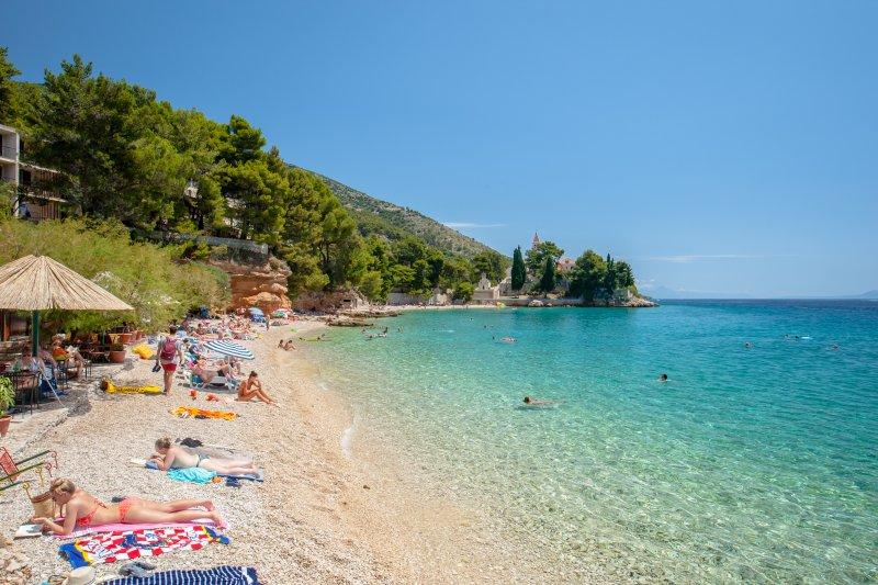 Ribarska beach - 3 minutes walking distance