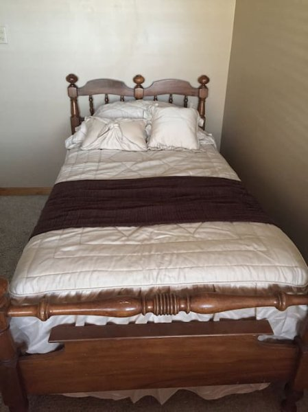 Twin bed in bedroom #2
