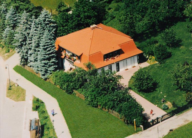 37 qm Ferienwohnung am Elsterblick in Bad Elster, vacation rental in Oberkotzau