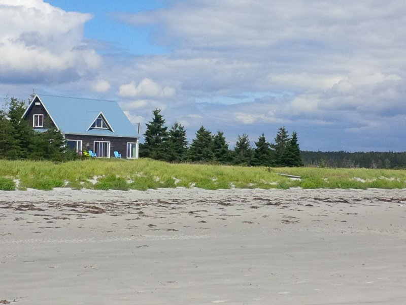 Sanderling Beach House on Louis Head Beach